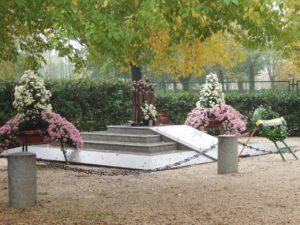 monumento-ai-caduti-di-nassirya-osvaldo-moi-15
