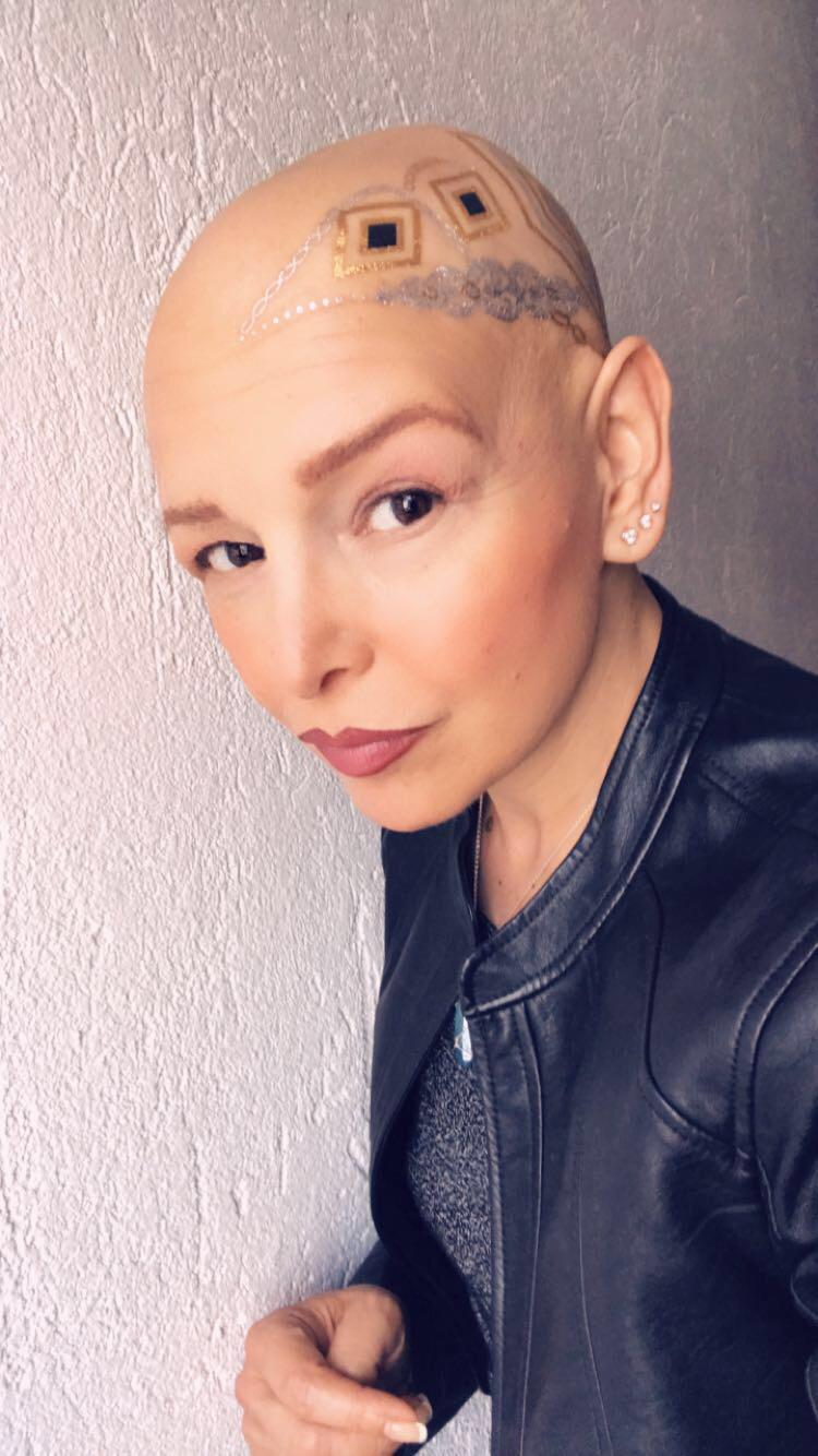 Simona: una storia contro il cancro attraverso l'energia dell'arte